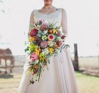 Design Idea, Protea / Foliages Wedding Resendiz Brothers